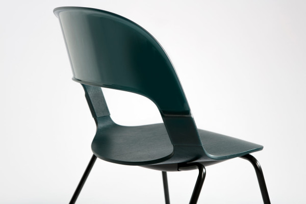 Pair-Chair-Layer-Fritz-Hansen-3a