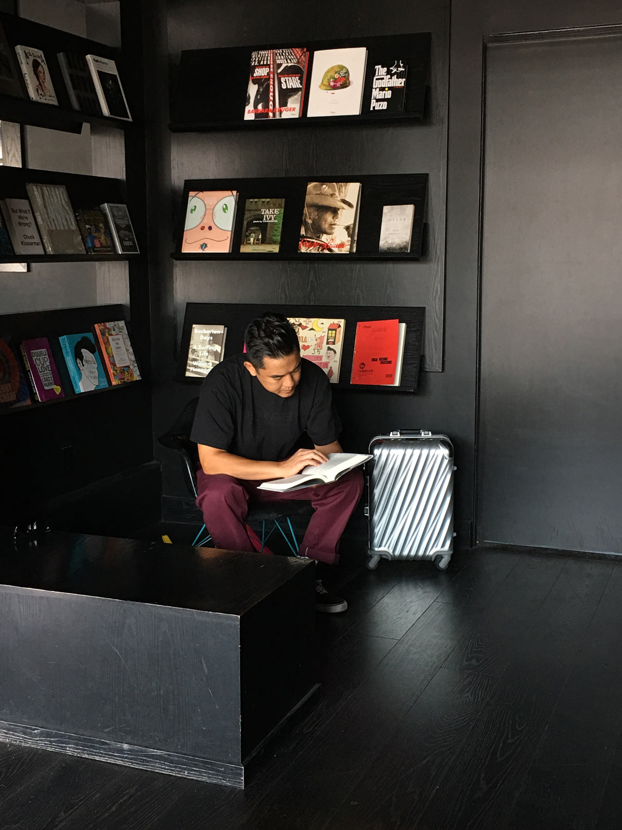The Hundreds also has a library stocked with great books from LA authors and artists.
