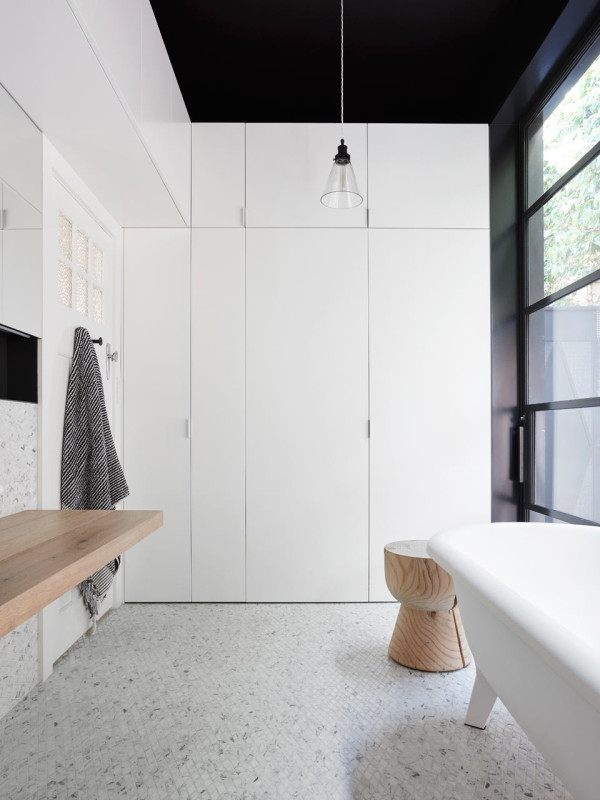 Toorak-Texture-NORTHBOURNE-Architecture-12-main-bath