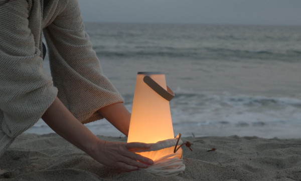 UMA-lantern-video-beach