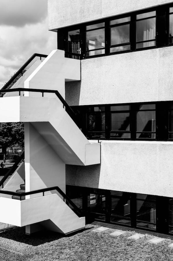 hotel-v-fizeaustraat-building-1