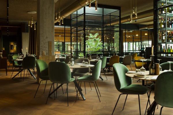hotel-v-fizeaustraat-restaurant-1