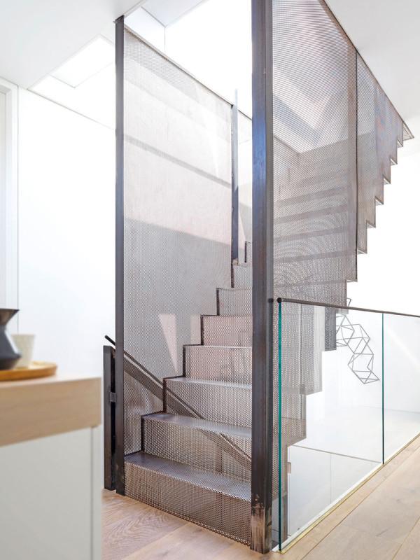 luigi-rosselli-architects-hill-top-cottage-13