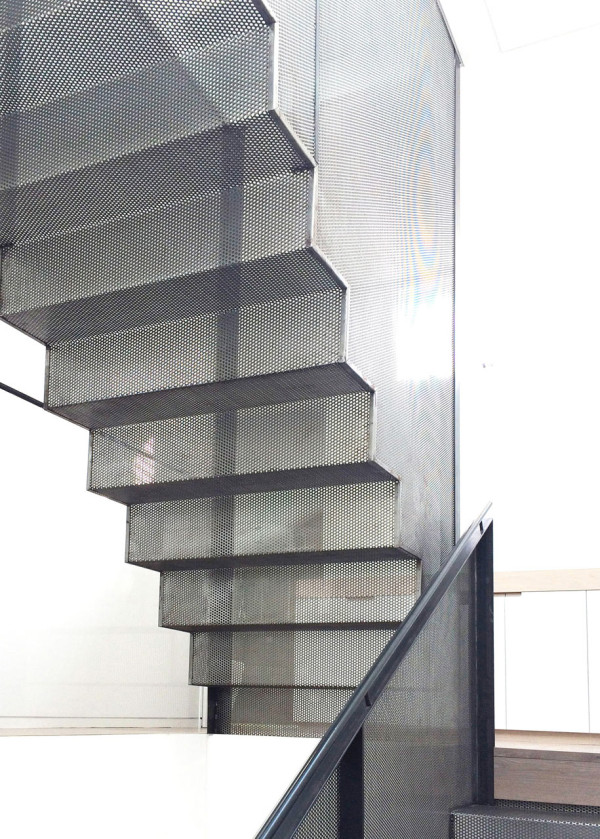 luigi-rosselli-architects-hill-top-cottage-14