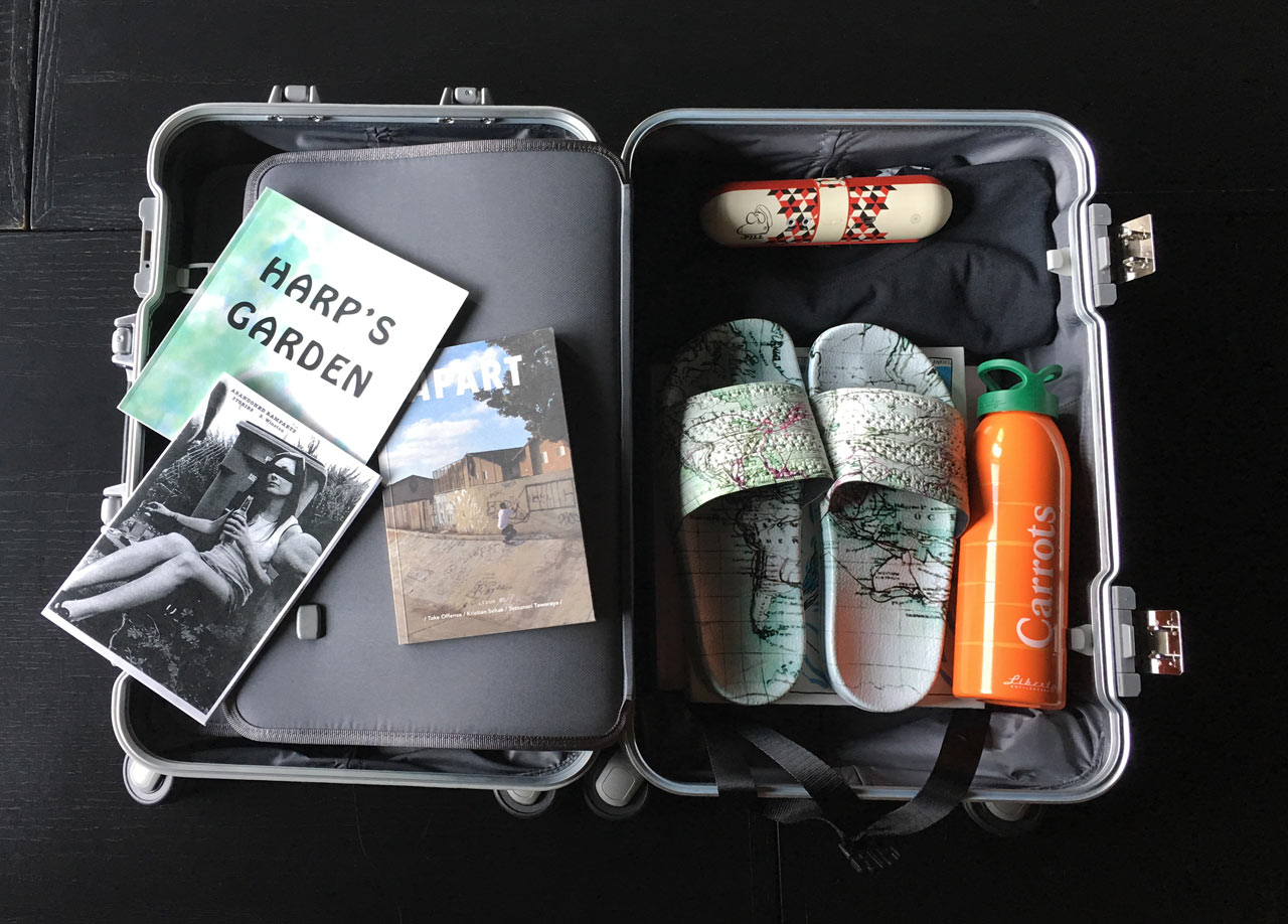 suitcase-packing-open