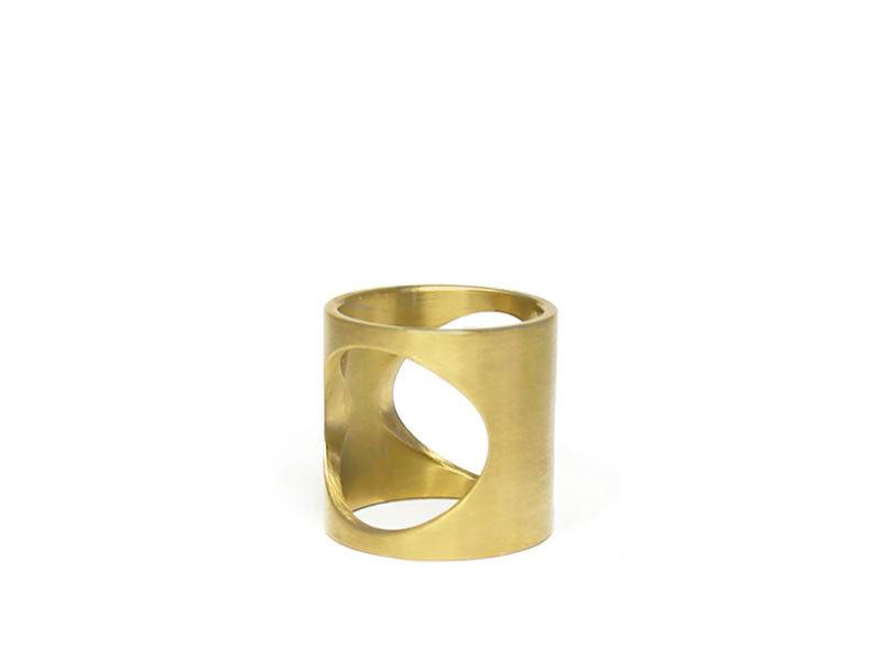 2016-gift-guide-jewelry-9-marmol-radziner-ring