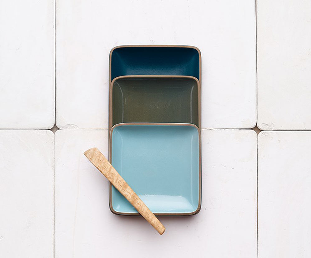 2016-gift-guide-newhomeowner-12-heath-ceramics-serving-tray
