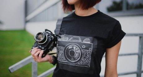 Challky: A T-Shirt with a Drawable Surface