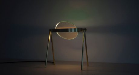 A Table Lamp That Creates an Indoor Aurora
