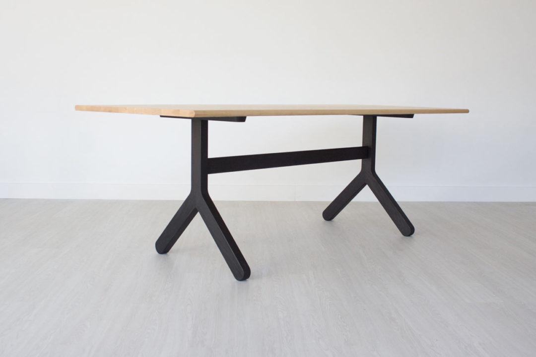 kroft-dining-table-002-ash