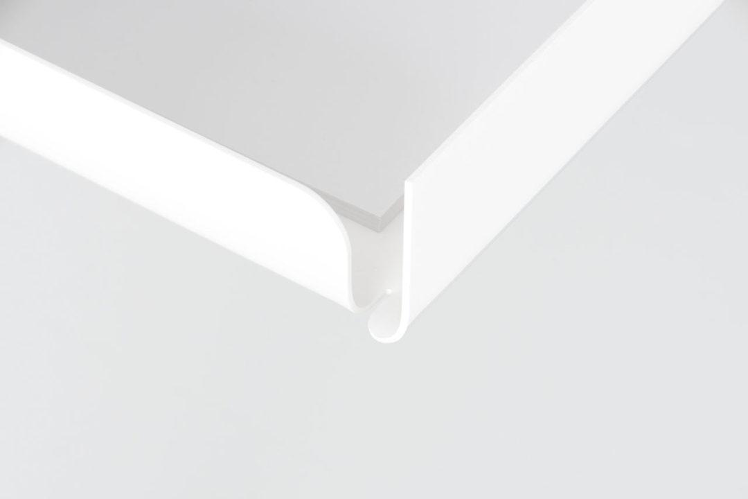 lean-on-desk-pamu-5