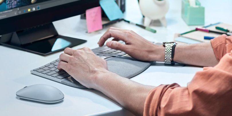 microsoft-surface-ergonomic-keyboard-lifestyle