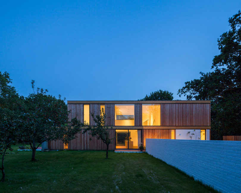 stromarchitects_woodpeckers-house-2