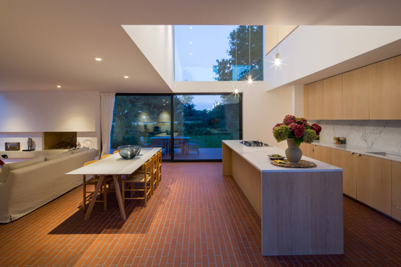 stromarchitects_woodpeckers-house-5a