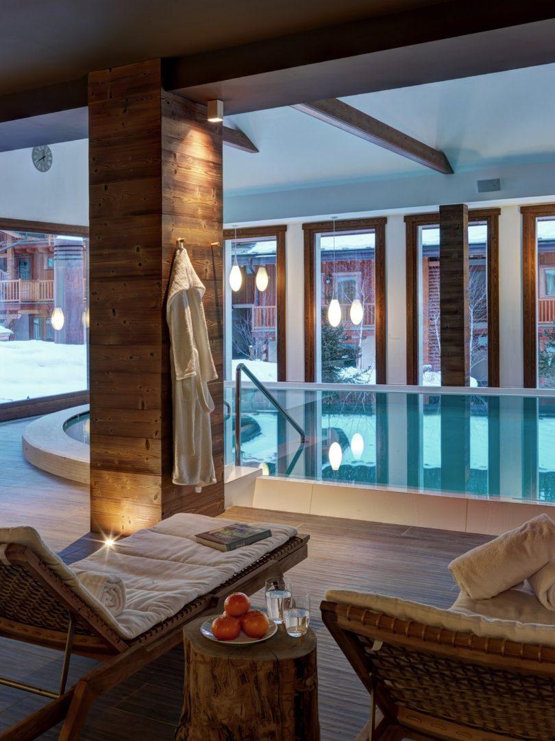 hotel_nira_montana_swimming-pool