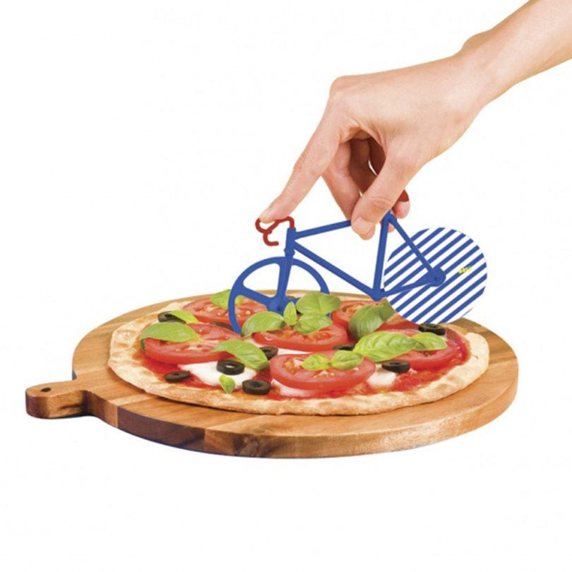 pizza-cutter-doiy