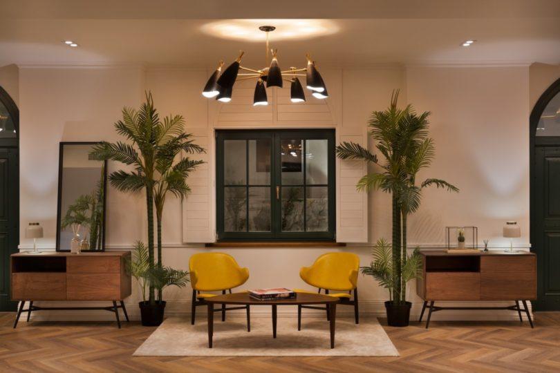 brown-beach-house-interiors-1