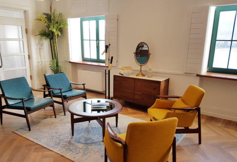 brown-beach-house-interiors-8
