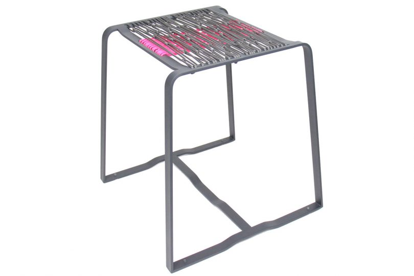 decon-merkled-net-stool-1