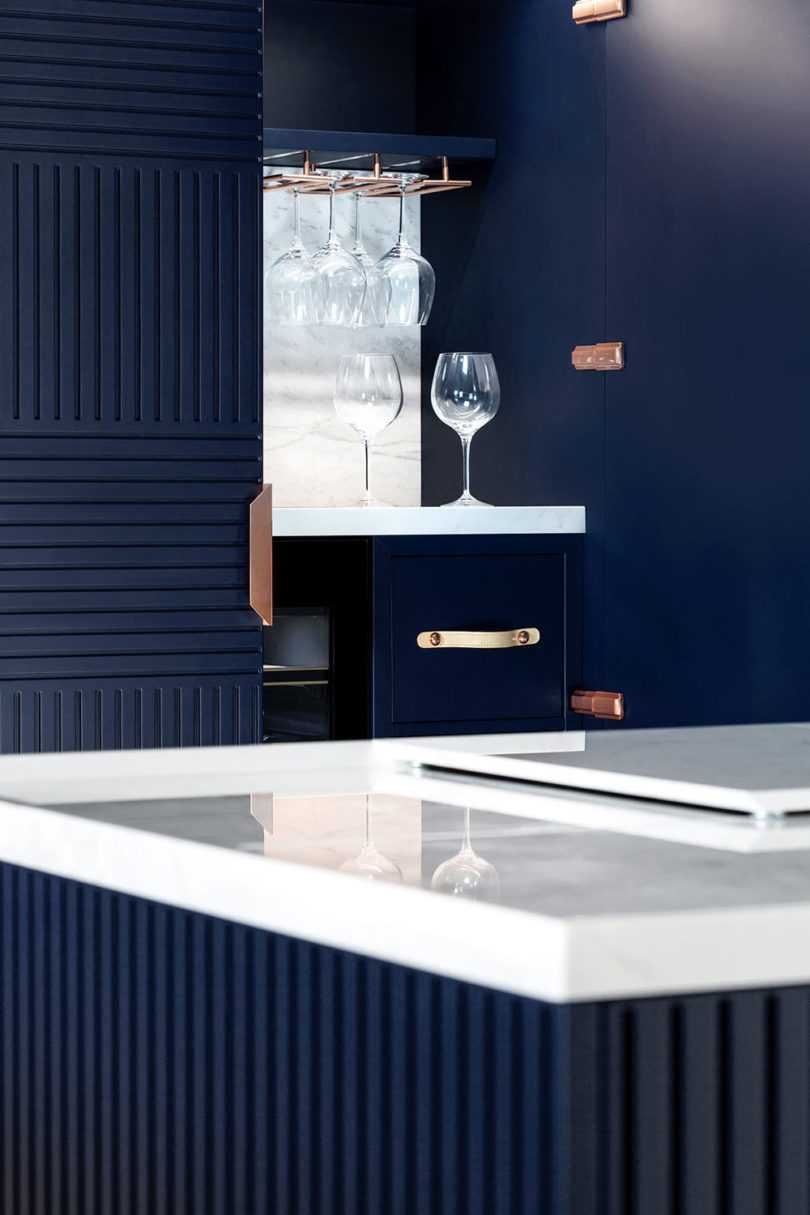 Miuccia: An Elegant, Freestanding Kitchen - Design Milk