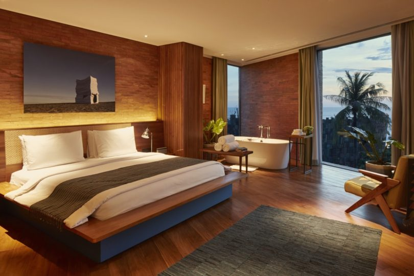 katamama_suite_bedroom_evening