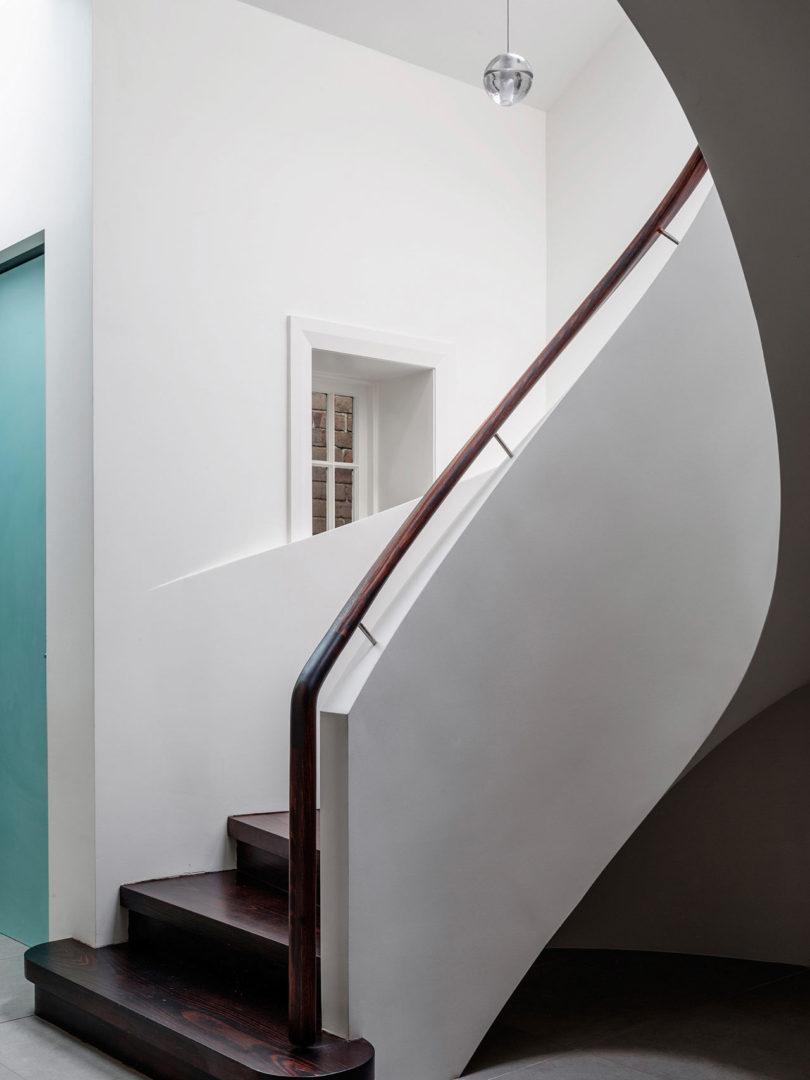 luigi-rosselli-architects-duplex-in-the-city-4b