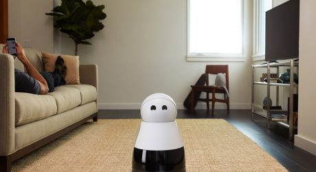CES 2017: The Kuri Robot is an Adorable Housemate