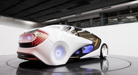 CES 2017: Toyota's Artificial Intelligence-Enhanced Concept-i Wants to Be Your Friend