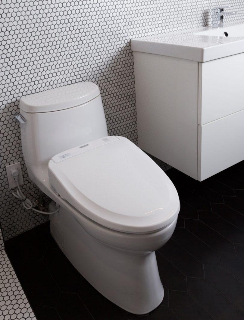 Pro Tips for Choosing Bathroom Fixtures