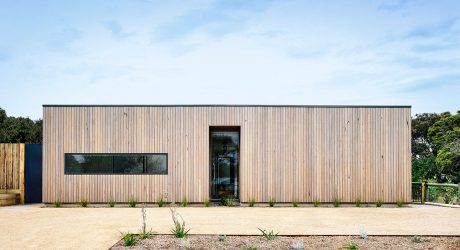 Point Lonsdale House by InForm