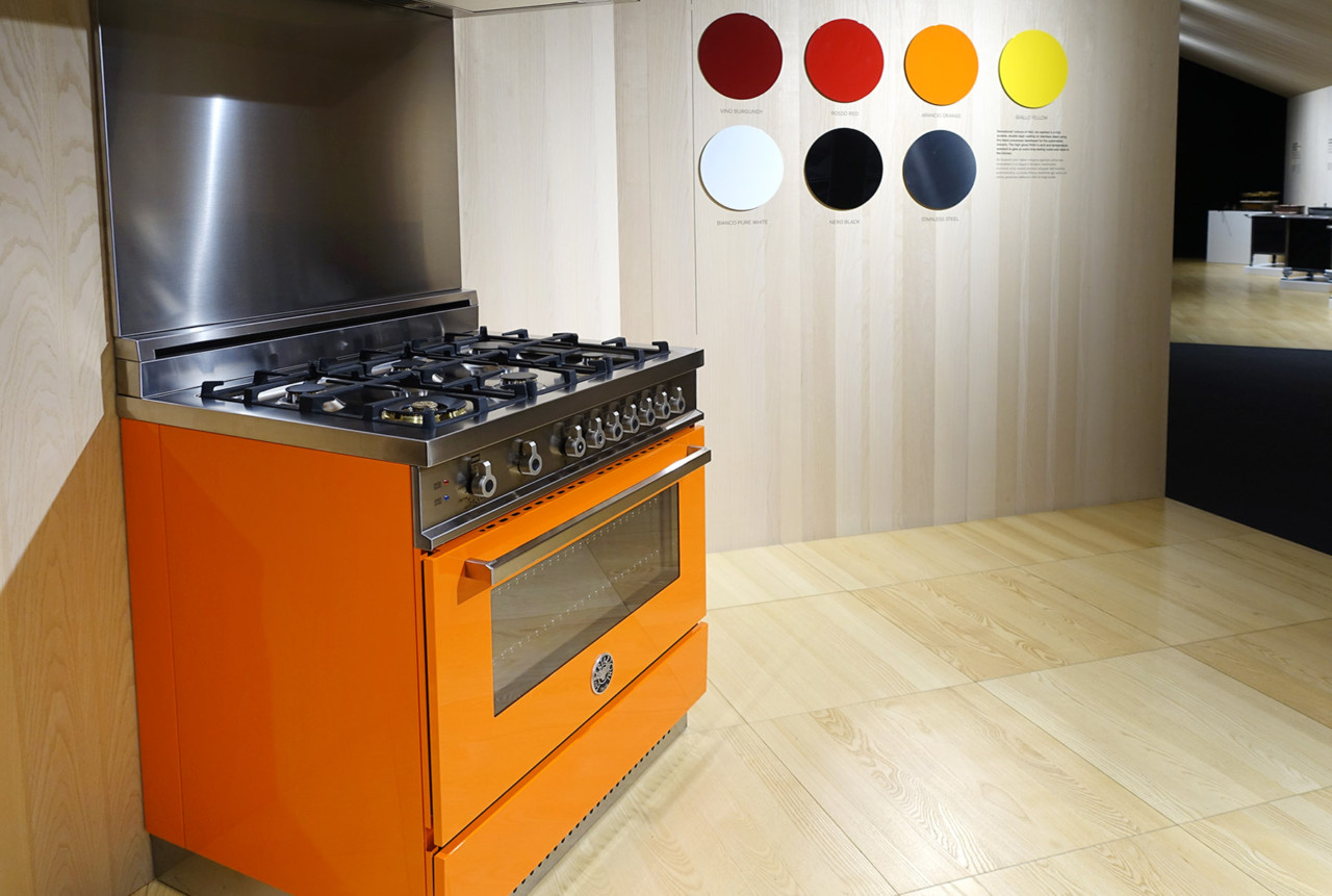designer kitchen ovens bertazzoni oven ranges are painted like italian sports 483