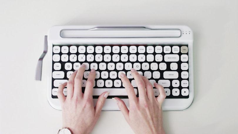 Penna A Vintage Typewriter Inspired Bluetooth Keyboard