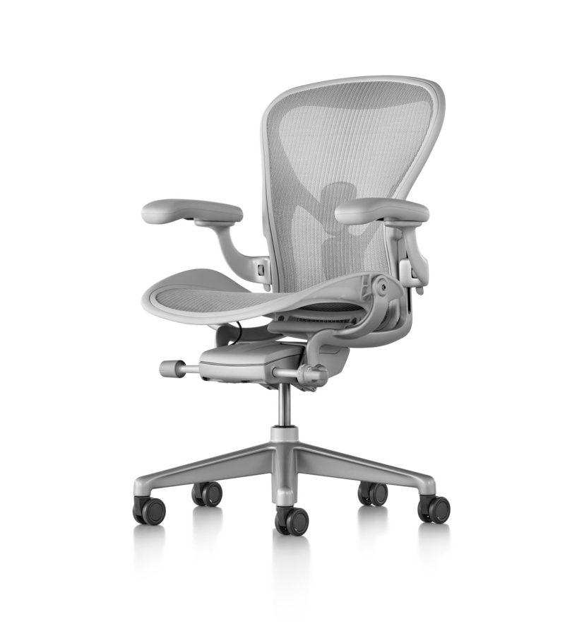 herman miller 39 s aeron chair gets remastered design milk. Black Bedroom Furniture Sets. Home Design Ideas