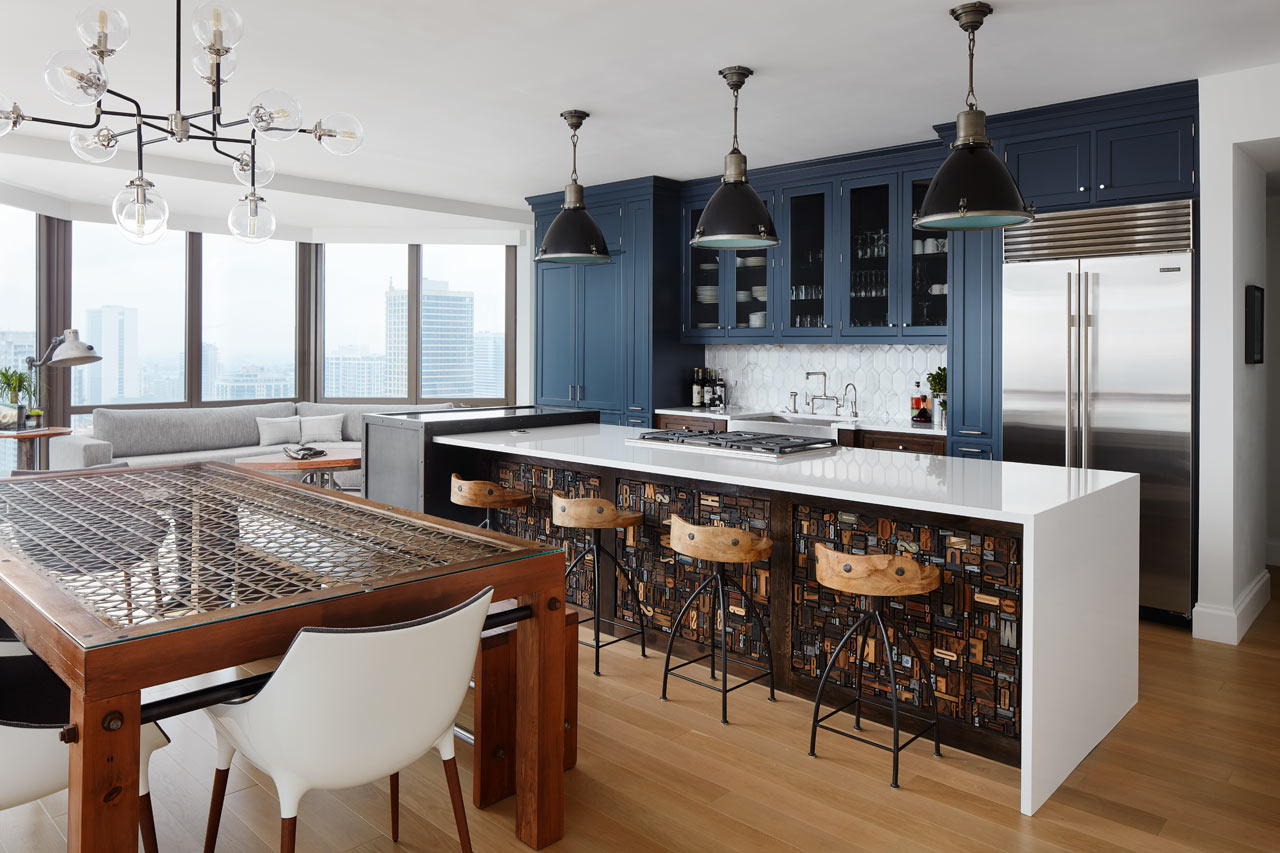A downtown chicago bachelor pad for a mathematician for Interior design chicago