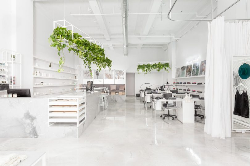 Le Manoir Uniquely Combines a Beauty Salon with a Boutique