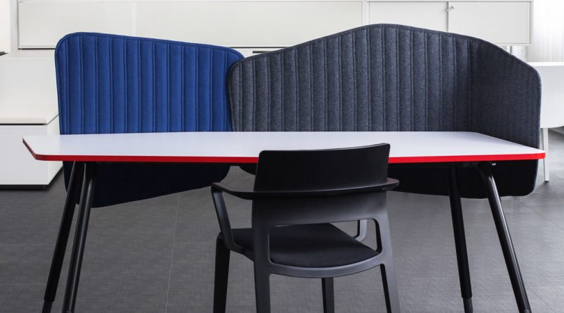 PAIS: Adaptable Privacy Screens for the Desk