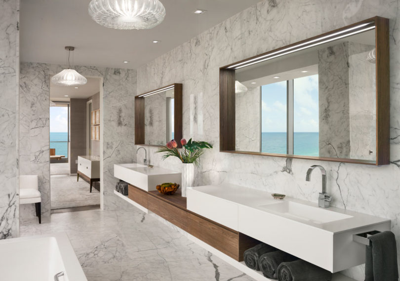 A jaw dropping oceanfront penthouse in miami beach for Bathroom designs miami