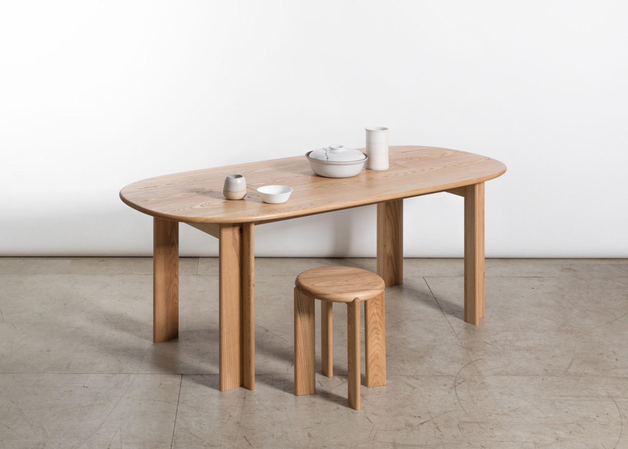 Awesome Miro Dining Table by Studio Snng