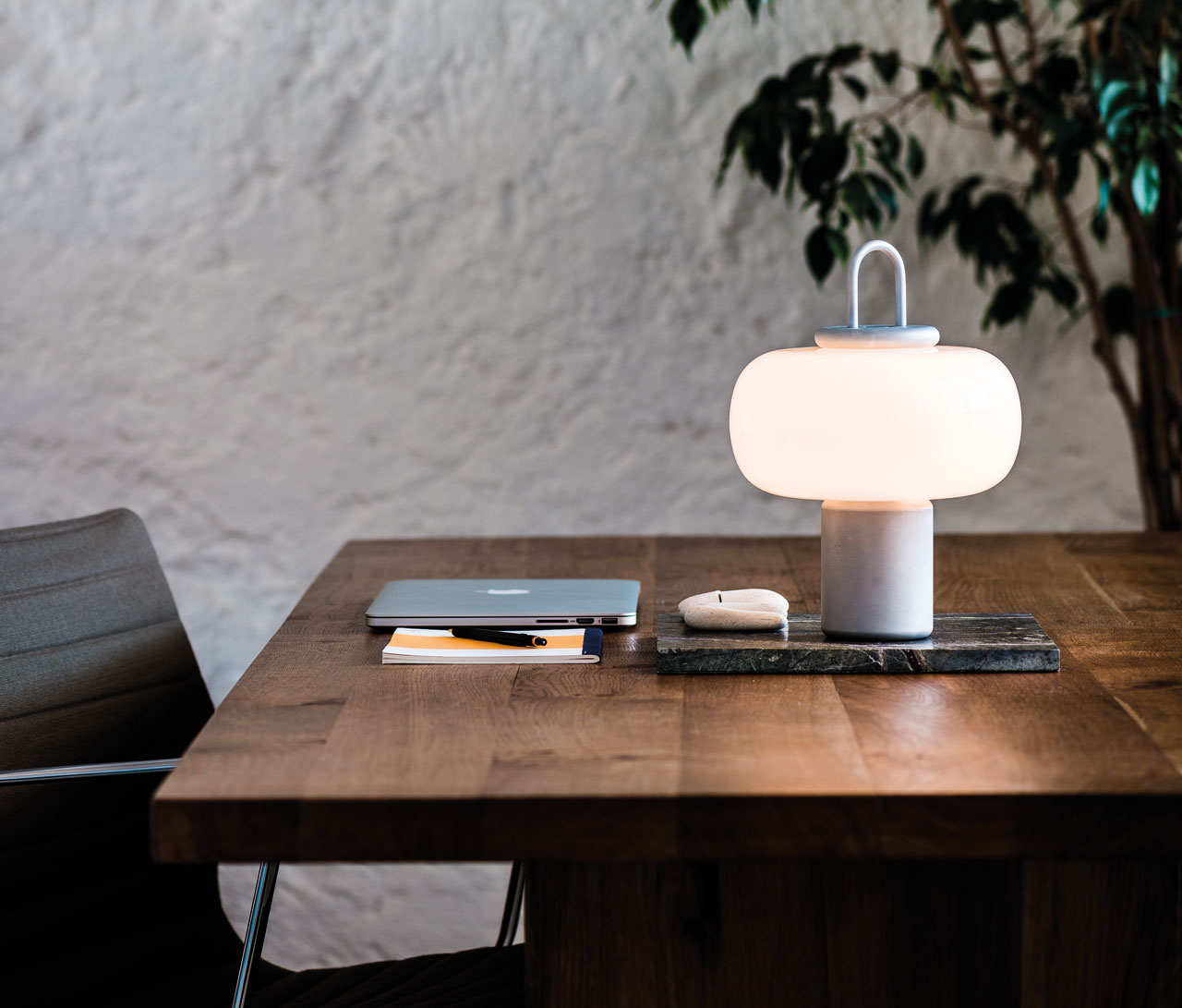 Nox: A Portable Luminaire for Both Indoors and Outdoors