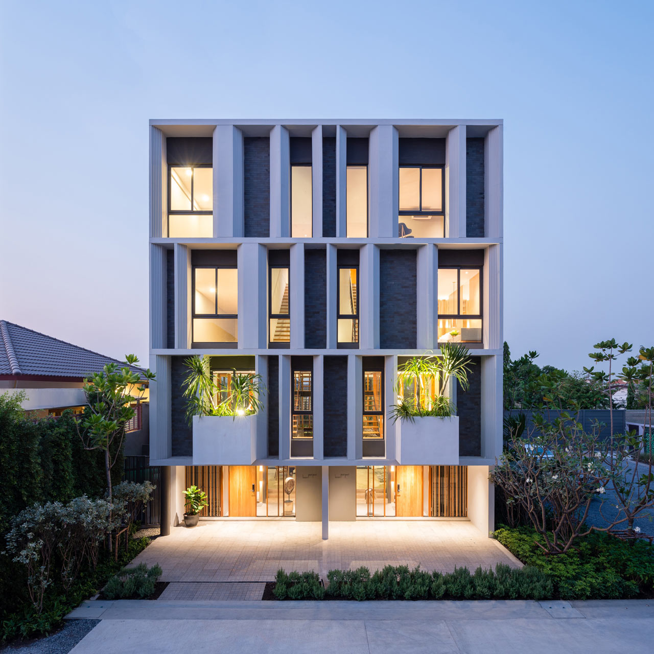 Home Design Ideas Architecture: A Modern Townhouse With A Private Garden In Bangkok