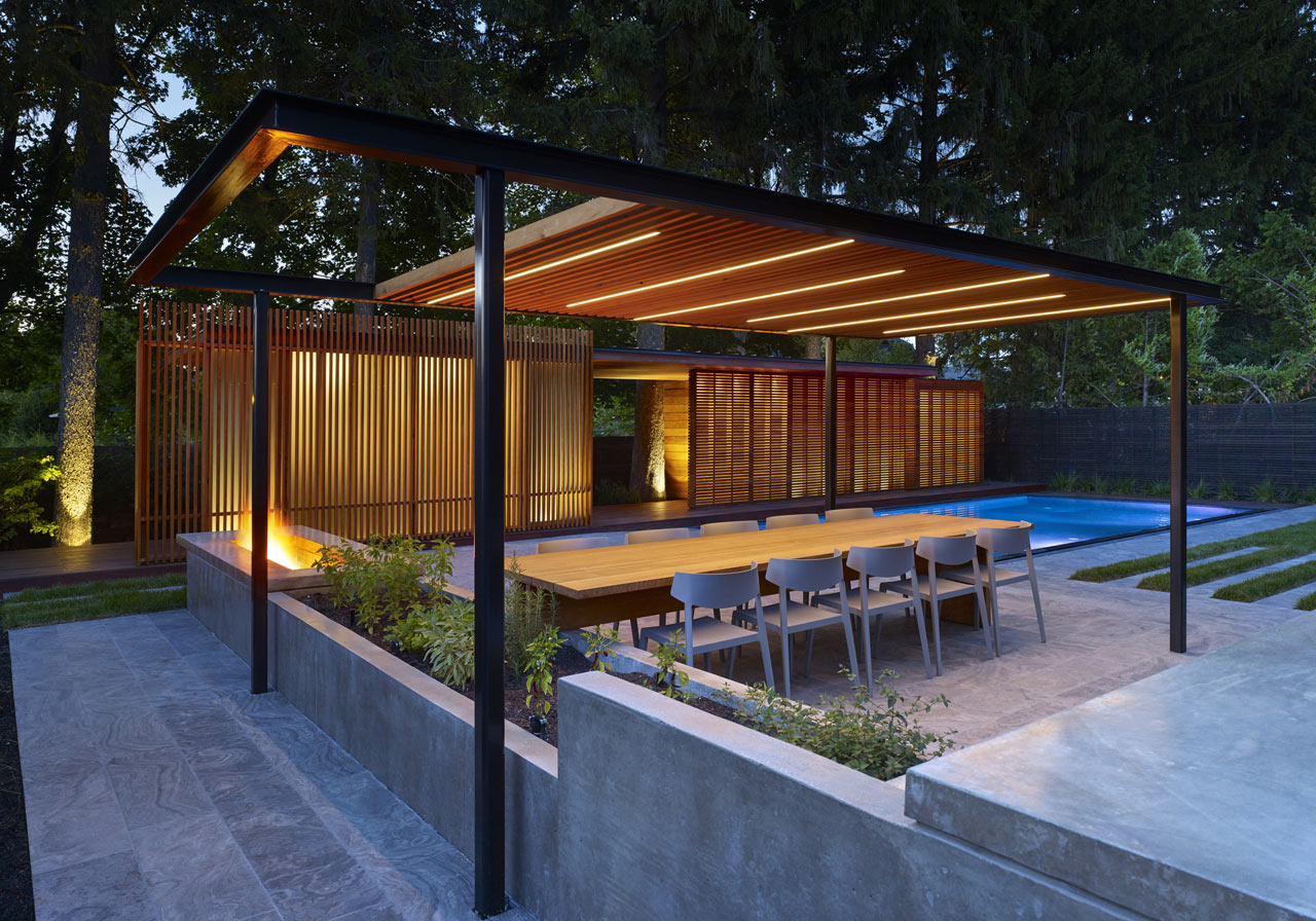 A backyard pavilion and pool for the perfect escape for Local technique piscine
