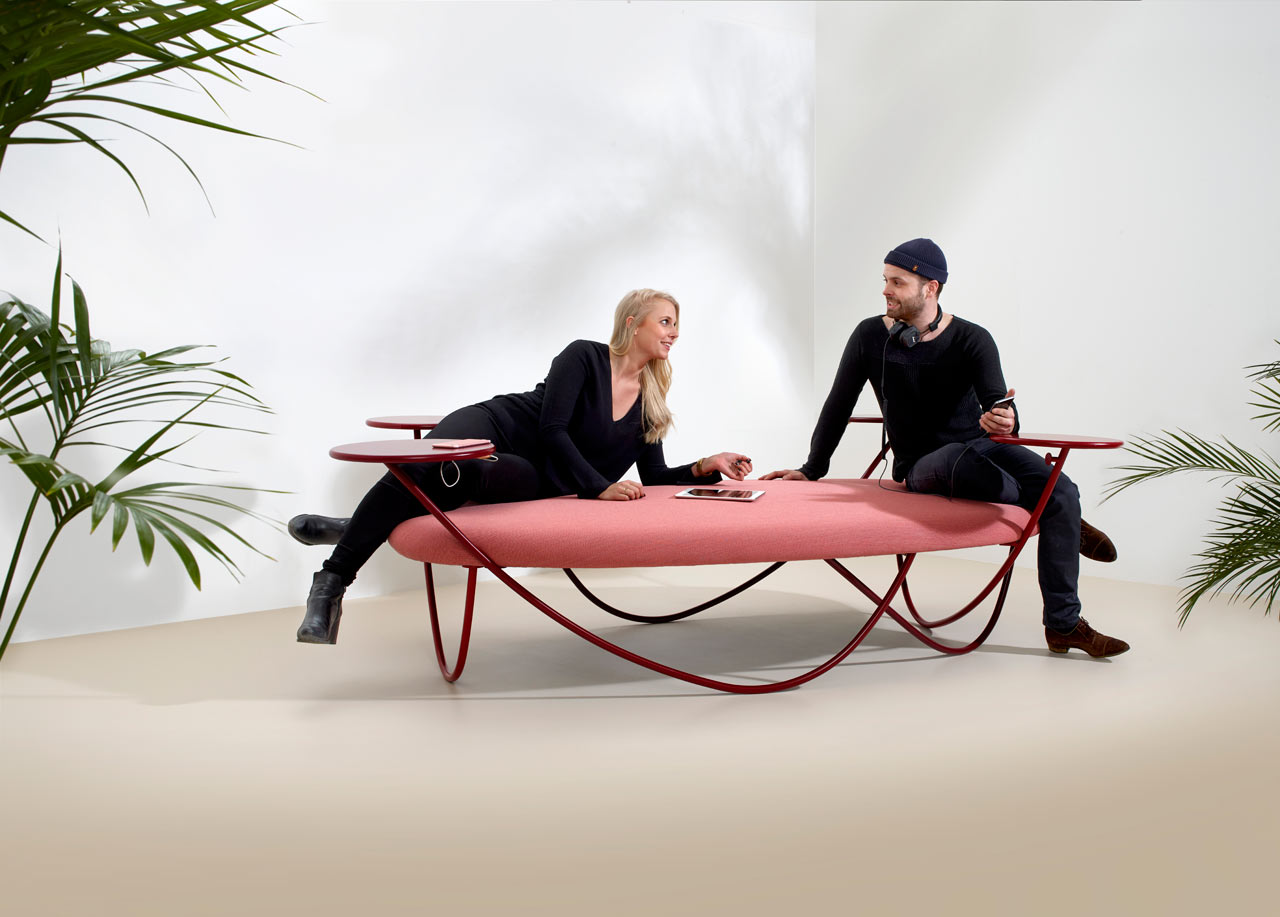 Dune Offers a New Way of Sitting While Staying Connected