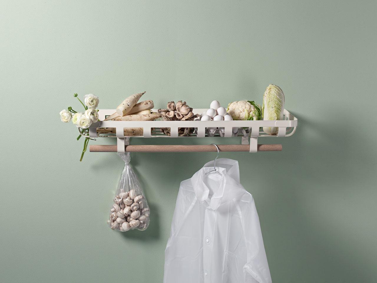 Minus Tio Plans to Keep Your Hallway Organized