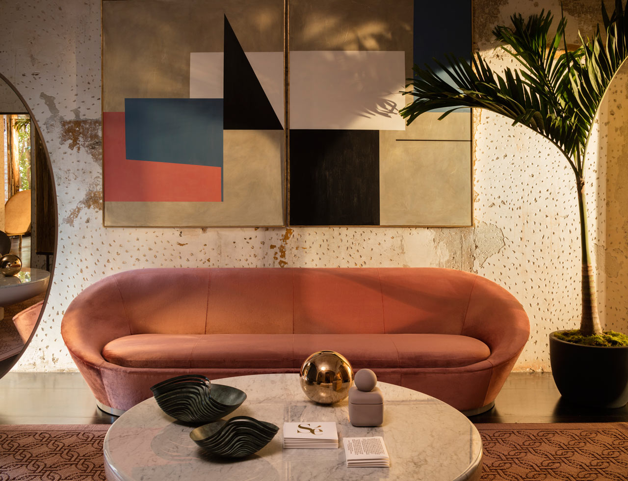 S ensemble a curated apartment in galleria rossana for Salon milan design