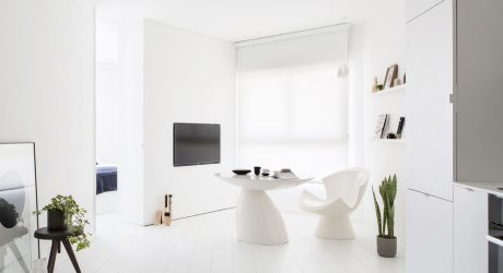 An All-White Apartment in Tel Aviv That's Anything But Boring
