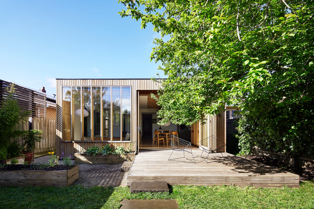 A Turn-of-the-Century Victorian Gets a Modern Extension