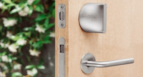 The Architects Behind Google Headquarters and Hyperloop One Designed This Smart Lock
