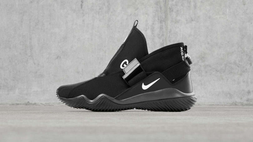 3cdef64a6f38 Sharing elements with the adjustable strap NikeLab Air Sock Racer Ultra  Flyknit and fold-over design of the NikeLab Free RN Motion Flyknit
