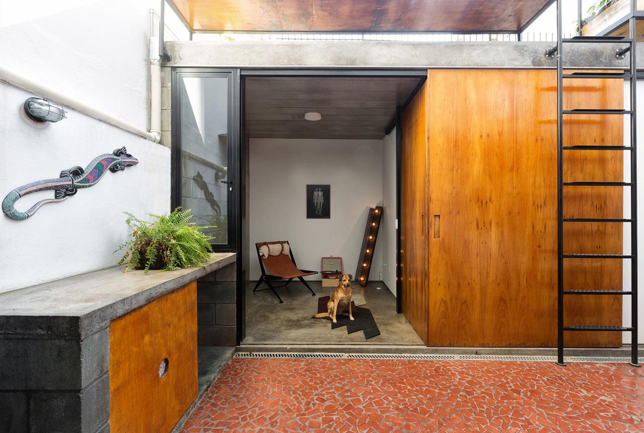 A Small, São Paulo Apartment Gets an Annex Addition