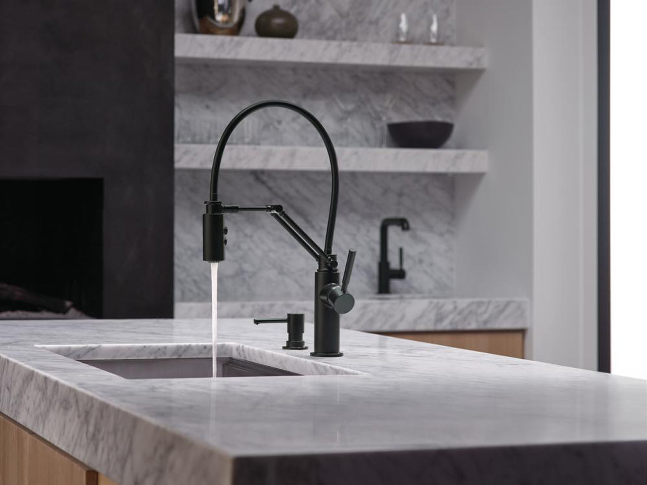 Articulating Kitchen Faucet A Kitchen Faucet That Works Hard And Looks Good Doing It